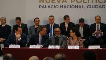 Gobierno de AMLO presenta nueva política de salarios mínimos