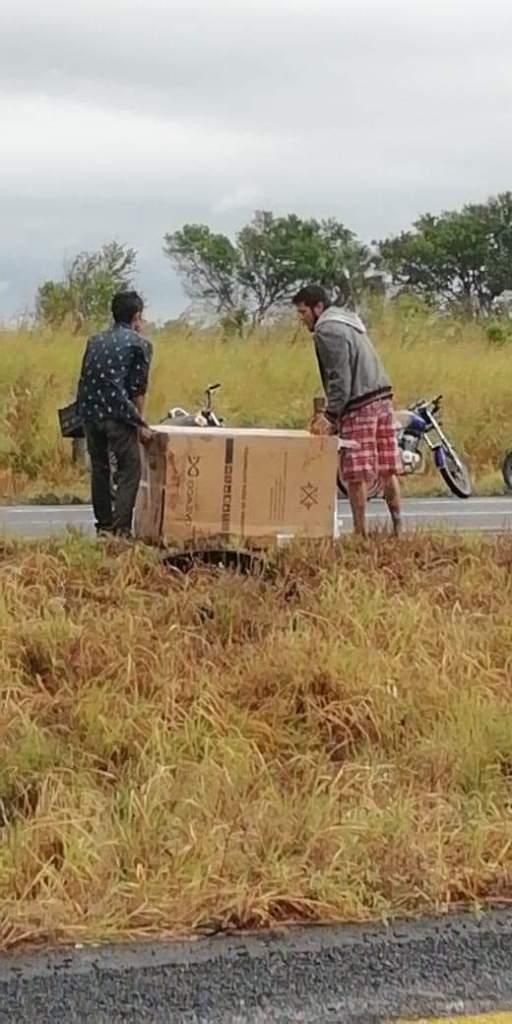 Rapiña en Cosamaloapan, pobladores roban electrodomésticos