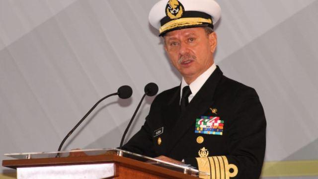 José Rafael Ojeda Durán toma el mando de la Semar