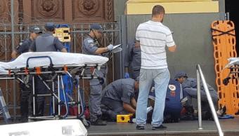 Hombre abre fuego en una catedral de Brasil; cinco muertos