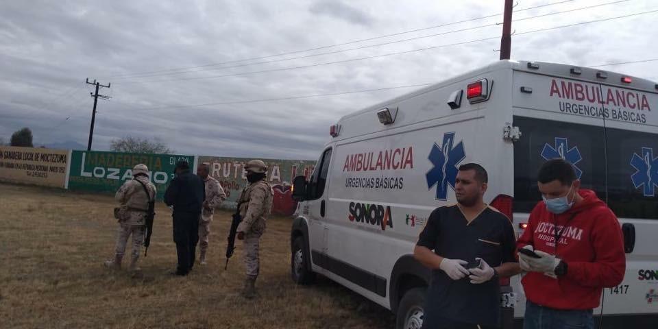 Accidente Sonora; vuelca camión que transportaba químicos