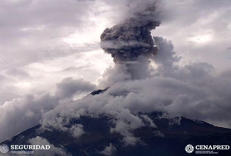 olcán Popocatépetl emite 65 exhalaciones de baja intensidad