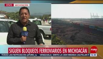 Foto, 2,700 contenedores no pueden pasar por bloqueos en Michoacán, 26 enero 2019,