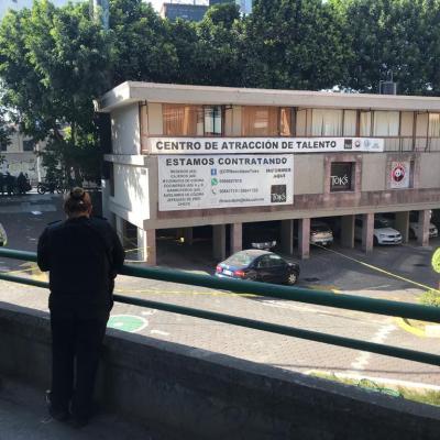 Frustran robo a restaurante en Naucalpan; asaltante se suicida
