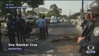 Bloqueos por desabasto de gasolina en Calzada Ignacio Zaragoza