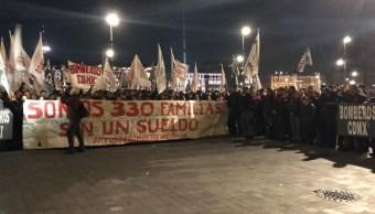 Bomberos y trabajadores del gobierno CDMX se manifiestan