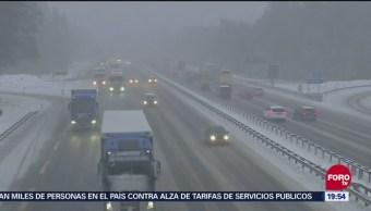 Caos vial por fuertes nevadas en Alemania