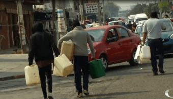 Automovilistas cazan gasolina en el Estado de México