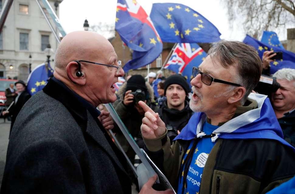 Unión Europea pide a Reino Unido precisiones sobre el Brexit