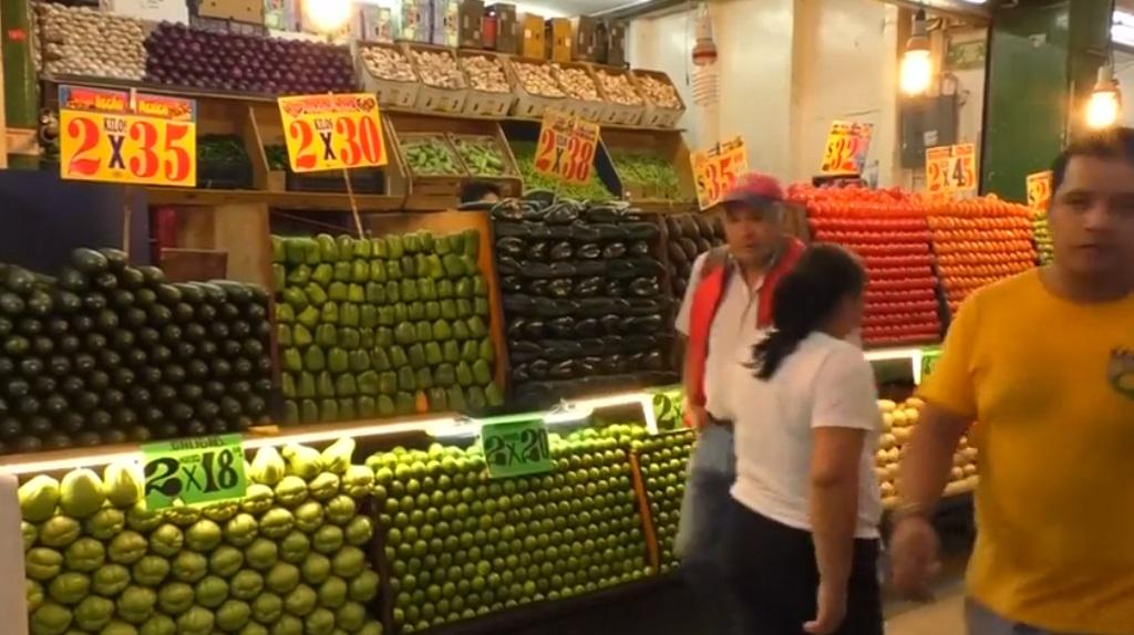 CDMX: Desabasto de gasolina pega en precios en tianguis