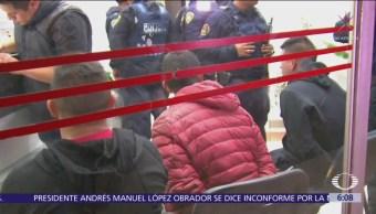 Recuperan tráiler robado y detienen a tres hombres en Iztapalapa, CDMX