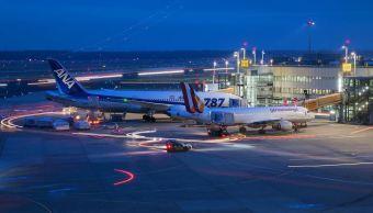 huelga en tres aeropuertos de alemania afecta mas de cien mil pasajeros