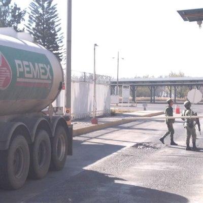Ejército toma terminales de Pemex en Guanajuato