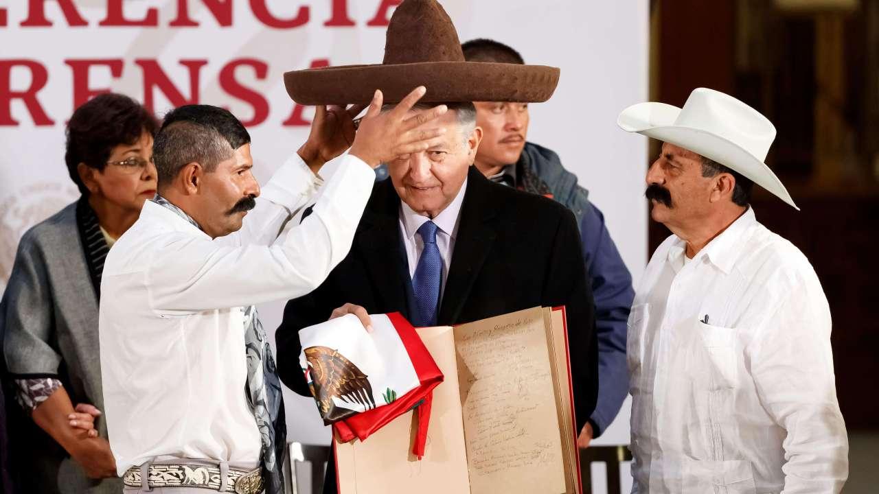 2019 será año de Emiliano Zapata, anuncia AMLO