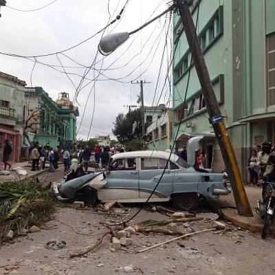 Suman 4 muertos y 195 heridos por tornado en Cuba