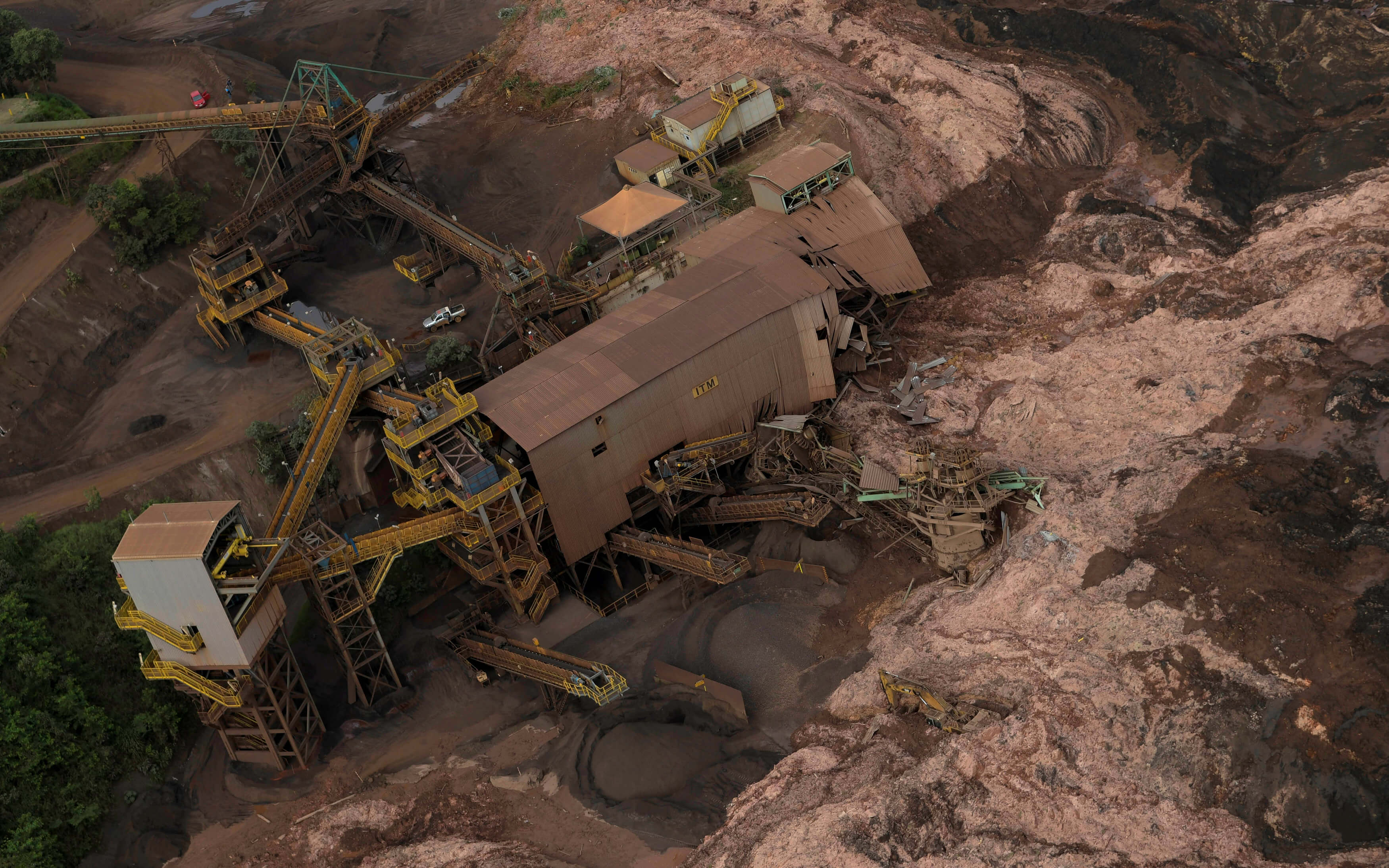 Foto: Instalaciones de la minera Vale destruidas por el deslave el 25 de enero del 2019