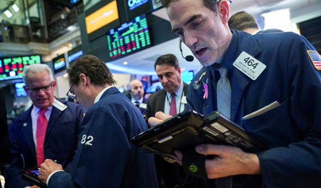 Wall Street cierra con ganancias y el Dow Jones sube 0.67%