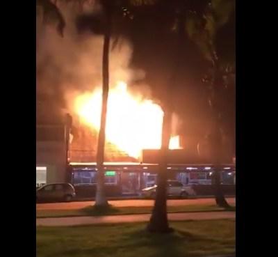 Se registra incendio en taquería de Boca del Río, Veracruz