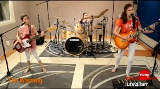 Las Hermanas Rockeras Que Formaron The Warning, Hermanas Rockeras, The Warning, Tres Hermanas Mexicanas, Cover De Metallica, Youtube, Banda De Rock,