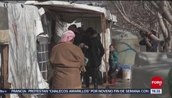 Miles de refugiados sirios en Líbano enfrentan bajas temperaturas