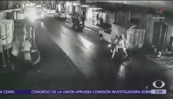 Motociclistas derrapan tras imprudencia de vendedor en Olivar del Conde