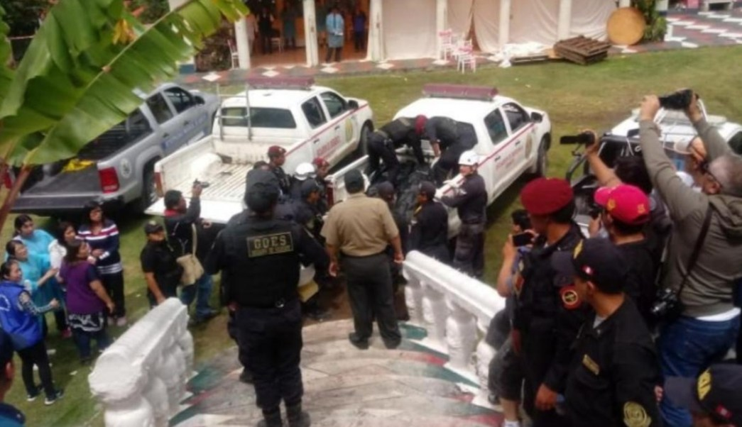 Foto: Autoridades de Perú realizan labores de búsqueda en escombros de un hotel, Lima, Perú, 27 de enero de 2019 (Twitter: @indeciperu)