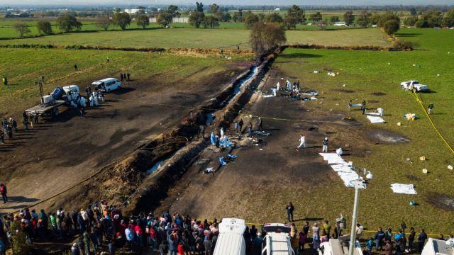Suman 66 muertos y 76 heridos por explosión de ducto en Tlahuelilpan, Hidalgo