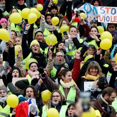 Mujeres 'chalecos amarillos' intentan reivindicar protestas sin violencia