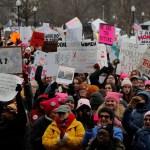 Miles protestan en 300 ciudades de EEUU en Marcha de Mujeres