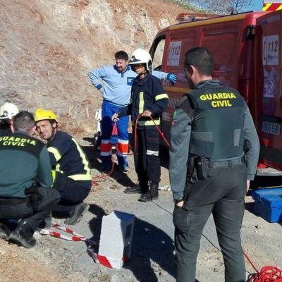 Niño atrapado en pozo en Málaga podría tardar días en ser rescatado