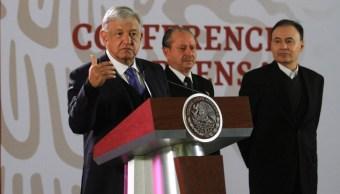 'No caeremos en provocaciones', responde AMLO al EZLN