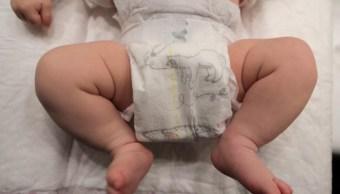 Foto: Un bebé con un pañal en Niza, Francia, 23 enero 2019 (Reuters)