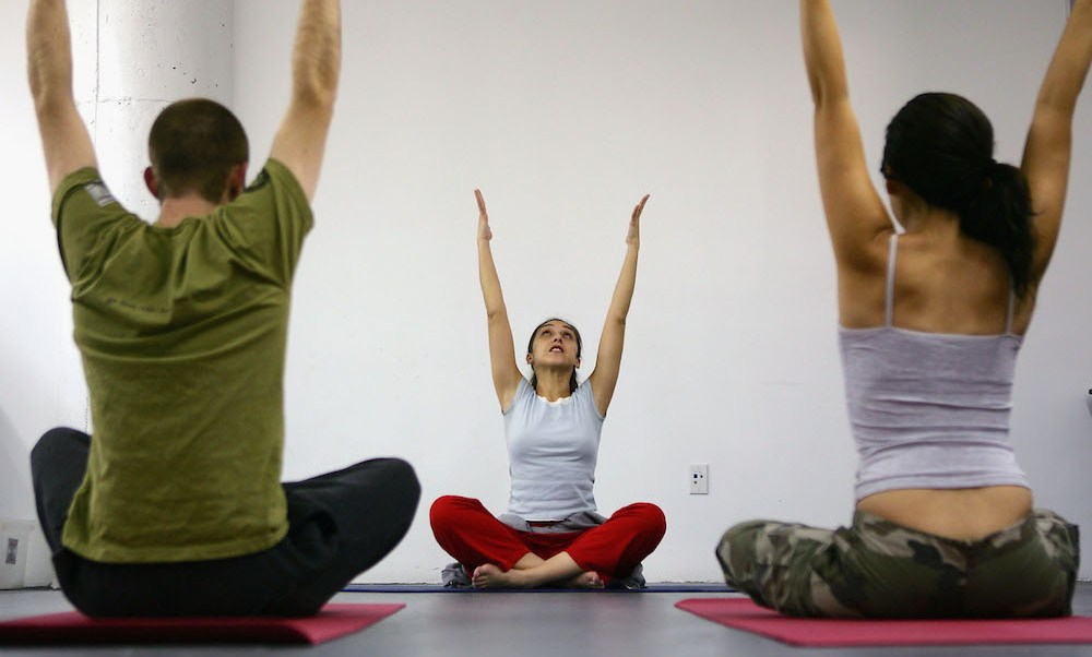 Foto practicar yoga aumenta materia gris cerebro 28 enero 2019
