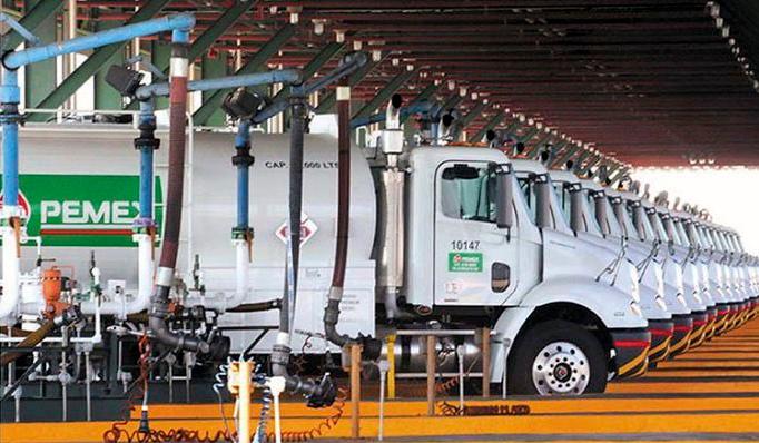 Pemex reitera que no hay desabasto de gasolina en CDMX