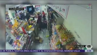 Policía frustra asalto a tienda de conveniencia en CDMX
