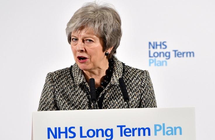 May presidirá comité para coordinar preparativos del Brexit
