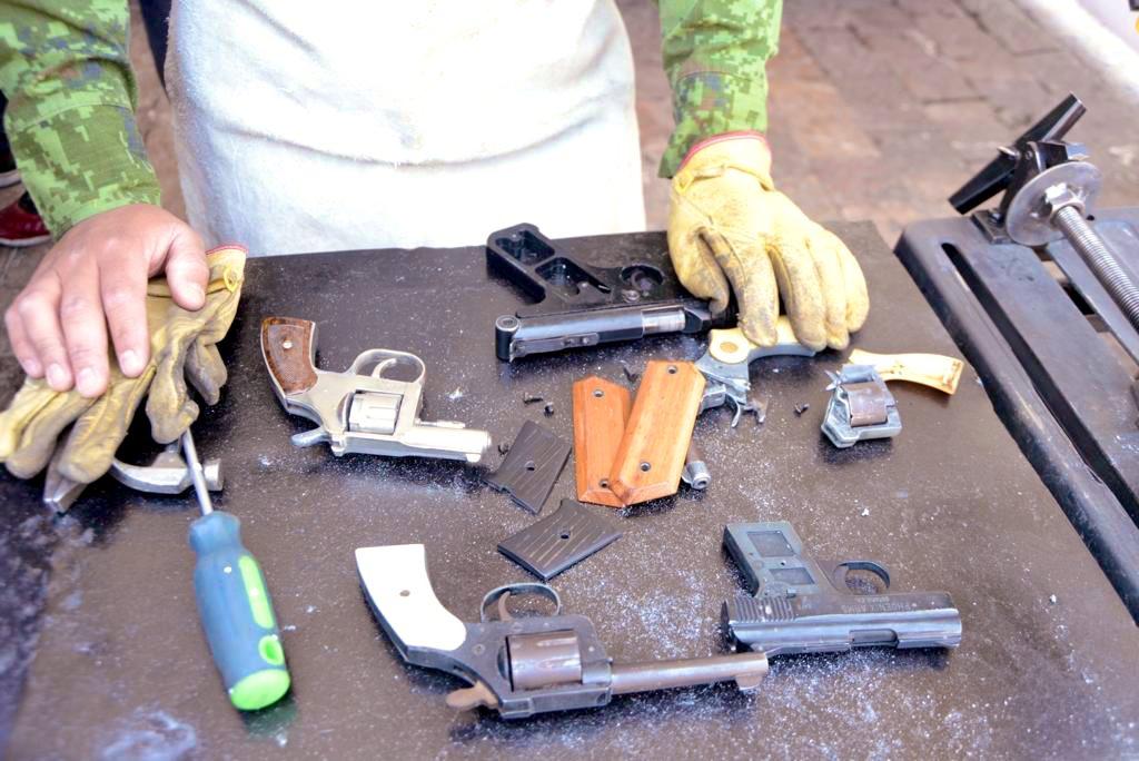 Gobierno Capitalino Recibe 73 Armas En Despistolización