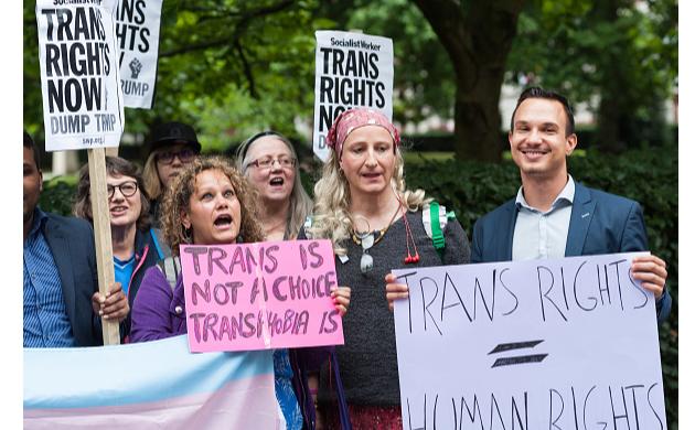 Supremo de EU mantiene veto de Trump a militares transgénero