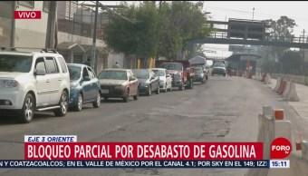 Realizan bloqueo por desabasto de gasolina en Eje 3 Oriente en CDMX