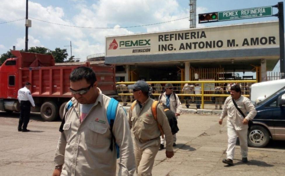 Identifican a grupos criminales que saquean combustible de la refinería de Salamanca
