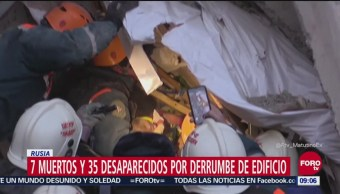 Rescatan a bebé bajo escombros de edificio derrumbado en Rusia