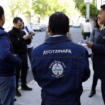 Comisión del caso Ayotzinapa aprueba lineamientos de operación