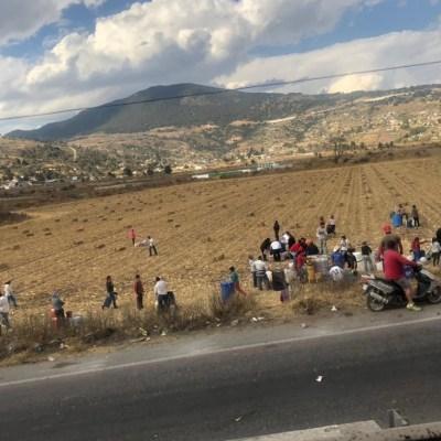Rompen ductos para conseguir gasolina en Acambay, Estado de México