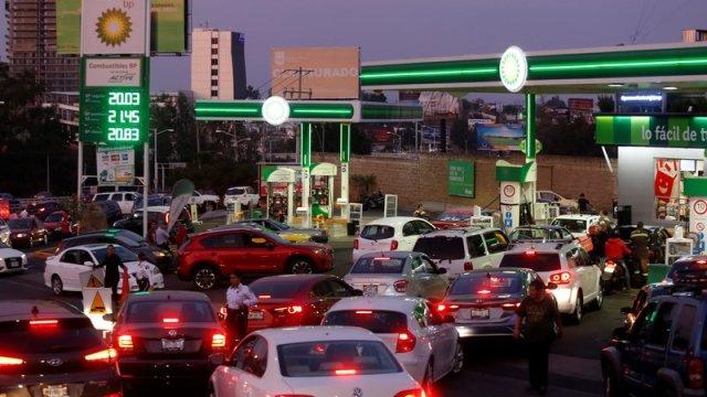 se intensifica desabasto de combustibles en seis estados