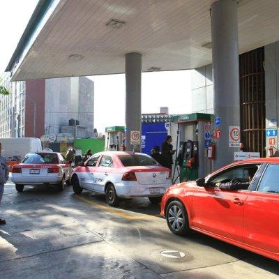 Compras de pánico agotan gasolina en algunas alcaldías de Ciudad de México