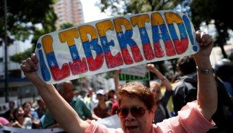 venezuela mantiene retenidos siete trabajadores prensa sindicato