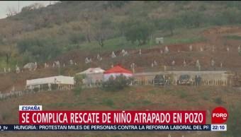 Se complica rescate de un niño atrapado en un pozo en España
