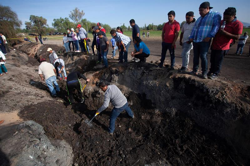 Tlahuelilpan busca a 71 desaparecidos tras explosión en ducto