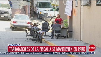 Foto, 26 enero 2019, Trabajadores de la Fiscalía de Guerrero se mantienen en paro