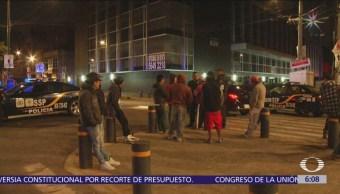 Trabajadores desalojan edificio en la colonia Granjas México, CDMX